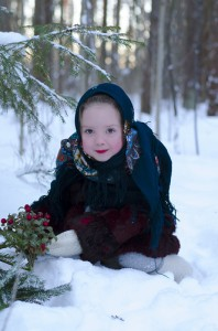 девочка в павловопосадском платке