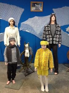 модные свитера и куртки из урюпинского пуха